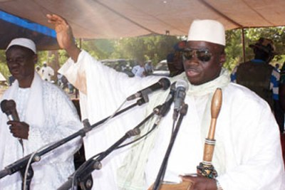 Gambian President Yahya Jammeh gestures as he begins a speech (file photo).