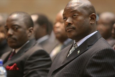 Pierre Nkurunziza, President of Burundi (right) next to Joseph Kabila, President of the Democratic Republic of Congo. (file photo)