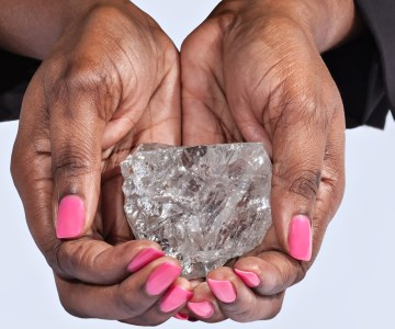 World's Biggest Diamond Find In a Century
