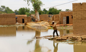 Niger Floods Leaves Tens of Thousands Homeless