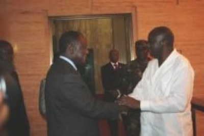 Rencontre entre Laurent Gbagbo et le chef du RDR Alassane Dramane Ouattara le 18 octobre 2007 - President Gbagbo meets RDR (opposition) chair Ouattara (aka ADO)