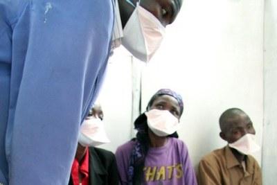 Des patients atteints de tuberculose à Nairobi, au Kenya le 5 Février 2007.