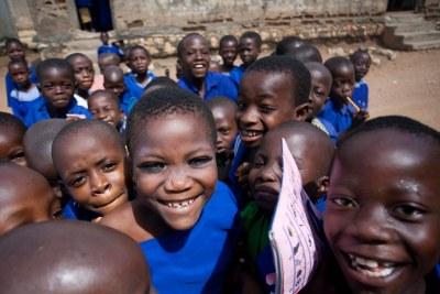 Un groupe d'enfants au Nigeria.