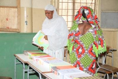 Un bureau de vote lors des élections législatives 2012