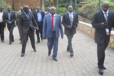 Le M23 se dirgeant ce dimanche 9 décembre vers la salle de conférence de Munyonyo à Kampala