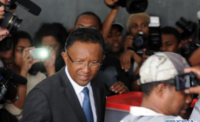 La date de l'élection présidentielle malgache fait toujours débat