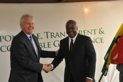 President John Dramani Mahama with Jeff Immelt at the Presidential Villa.