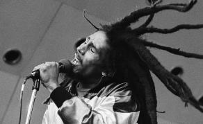 Bob Marley - 37 ans après sa mort, la légende persiste!