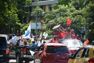 Des supporters de deux camps opposés lors de la campagne électorale.