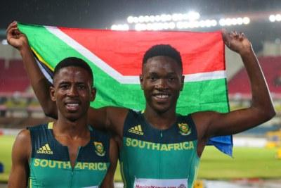 Tshenolo Lemao et Retshidisitswe Mlenga, deux athlètes sud-africains.