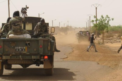 Malian military on patrol (file photo).