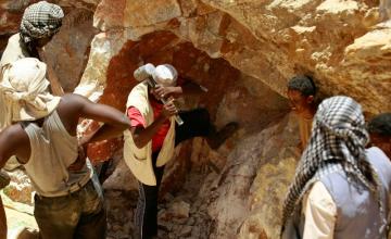 Treize villages miniers de la Guinée portent plainte