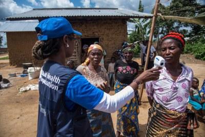 La Région africaine et l'Organisation mondiale de la santé (OMS) s'efforcent de contenir le virus Ebola.
