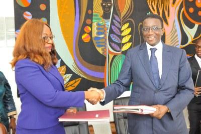 Signature de convention entre le Sénégal et la Banque Africaine de Développement (BAD)m le mardi 2 octobre 2018