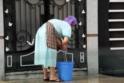 Une travailleuse domestique à Casablanca, au Maroc, en 2017.