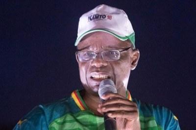 Maurice Kamto lors d'n meeting dans la campagne electorale à Yaoundé.
