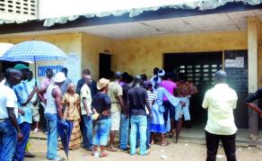 Les élections locales partielles fixées au 16 décembre en Côte d'Ivoire