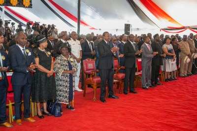 Music Legend Kamaru - Kenyatta, Odinga Join Hundreds at Funeral