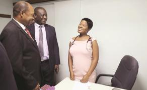 Zimbabwe Doctors Back at Work After 40-Day Strike