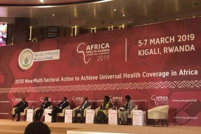 Les ministres du Rwanda, d'Éthiopie, du Kenya et de l'Ouganda partagent les progrès réalisés par leurs pays en matière de couverture sanitaire universelle et le rôle du secteur privé, des agents de santé communautaires