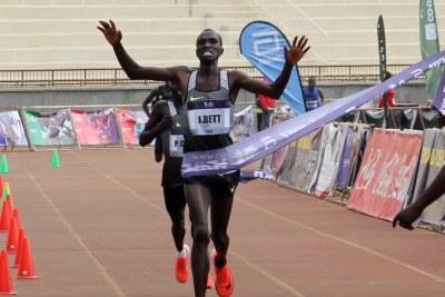 Josphat Bett wins the fourth edition of Beyond Zero Half Marathon.