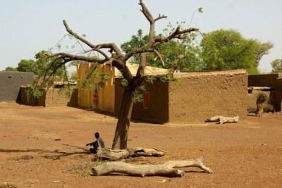 Un village dans la région de Mopti, dans le centre du Mali (capture d'écran).