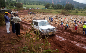 Cyclone Idai Aftermath - Zimbabweans Rally to Help Each Other