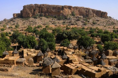 Village traditionnel dogon, au centre du Mali.