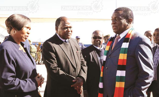 Africa: Mnangagwa Flies to Mozambique for U.S.-Africa Summit