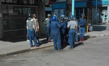 Une manifestation de l'opposition dispersée par la police à Harare