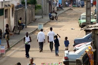 Scène de rue à Yopougon