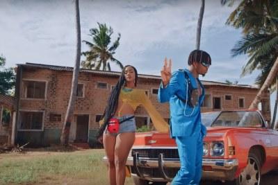 Screenshot of Tanasha X Diamond Platnumz in their new video Gere.