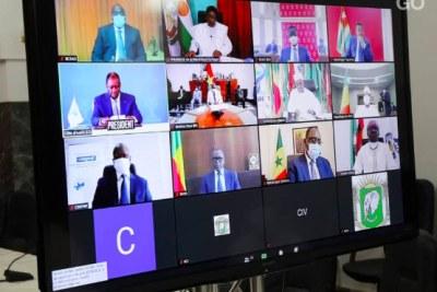 Les chefs d'Etat et de gouvernement de l'Union économique et monétaire ouest africaine (UEMOA, 8