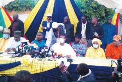 Négociations M5 et le gouvernement malien avec la délégation de la CEDEAO