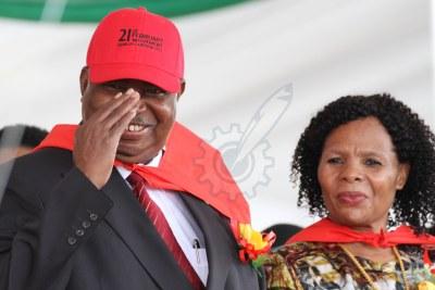 Former vice president Phelekezela Mphoko and his wife Laurinda Mphoko (file photo).