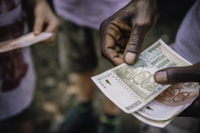 UNCTAD's Economic Development in Africa Report 2020 says stopping illicit capital flight could almost cut in half the annual financing gap of U.S.$200 billion that the continent faces to achieve the Sustainable Development Goals (file photo).