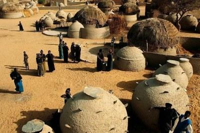 Niger, village songhai, région de Tillaberi (illustration) De Agostini