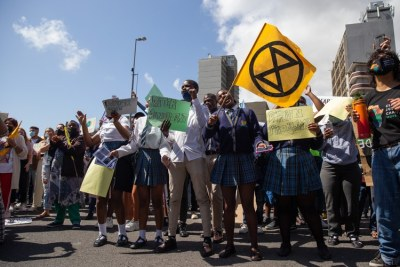 Picket outside parliament in Cape Town calling for the government to take urgent action against climate change (file photo).